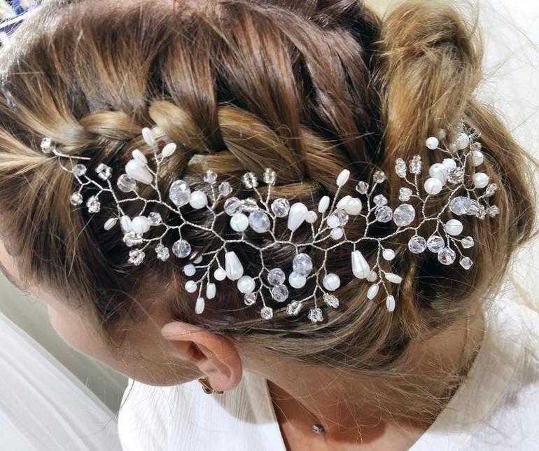 Как создать украшение на волосы