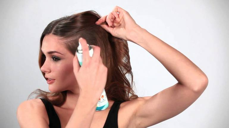 Как использовать сухой шампунь