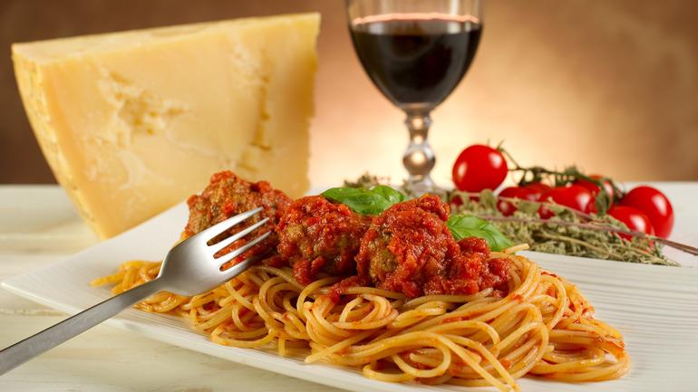 Паста- любимая еда итальянцев,