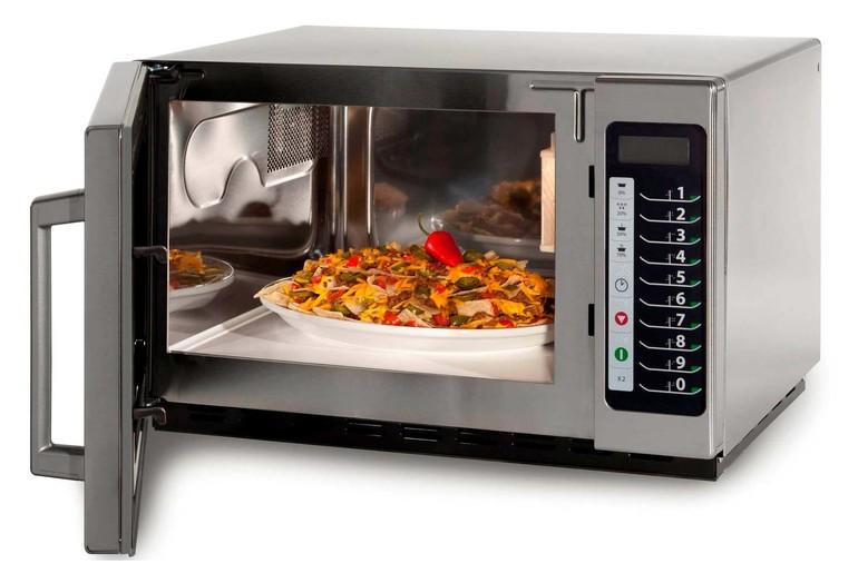 Приготовление блюда в микроволновке