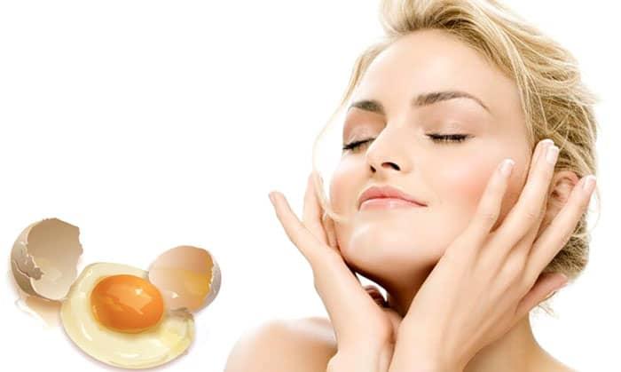 Яйцо — незаменимый продукт, который широко используется в приготовлении маски для лица