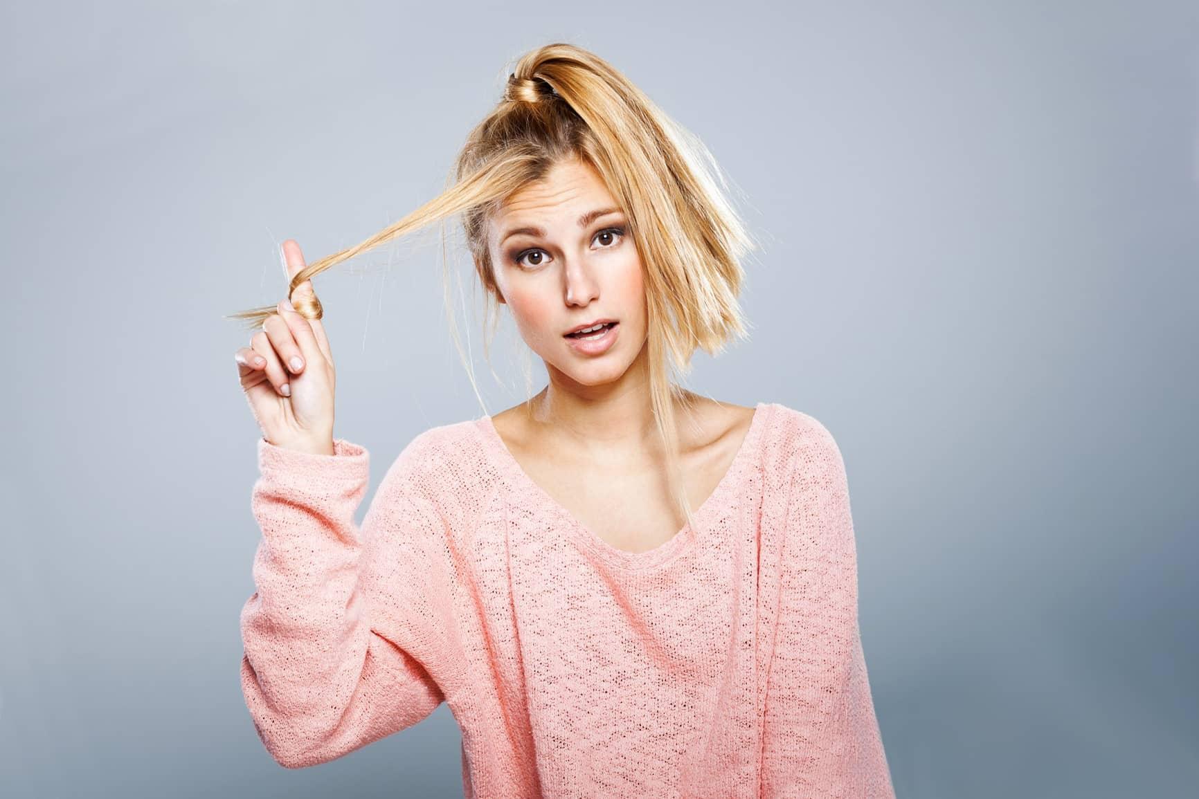Тонкие окрашенные волосы требуют большего и частого ухода, чем густые