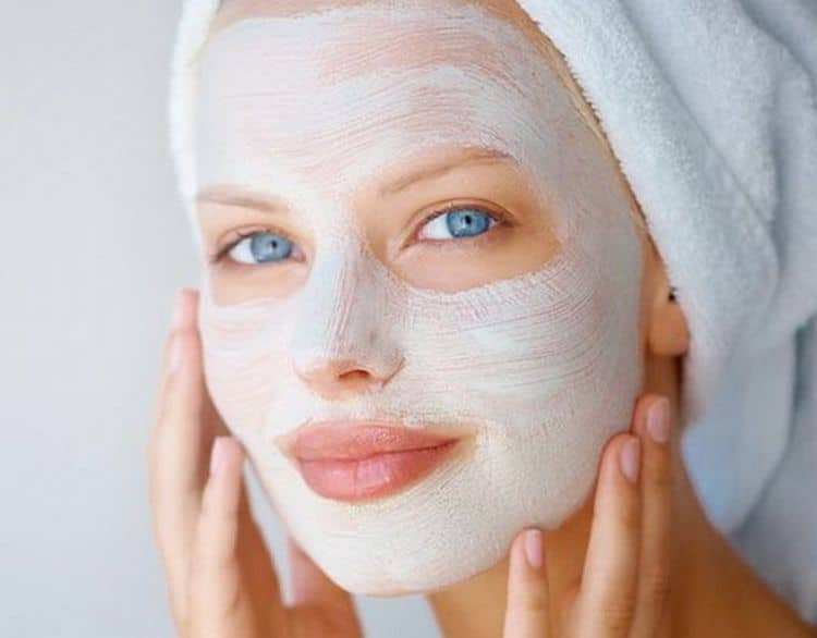 Прежде чем делать маску для лица с аспирином, необходимо ознакомиться с противопоказаниями, при которых его использовать нельзя