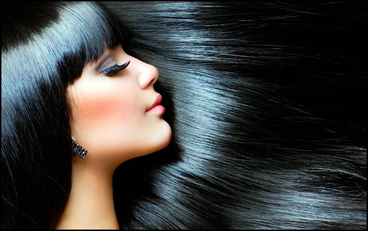 Главная задача маски для окрашенных волос — восстановление их структуры и целостности