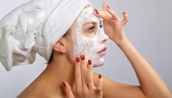 Правильная очищающая маска для лица: тонкости выбора