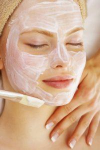 Очищающая маска для лица в домашних условиях по всем правилам
