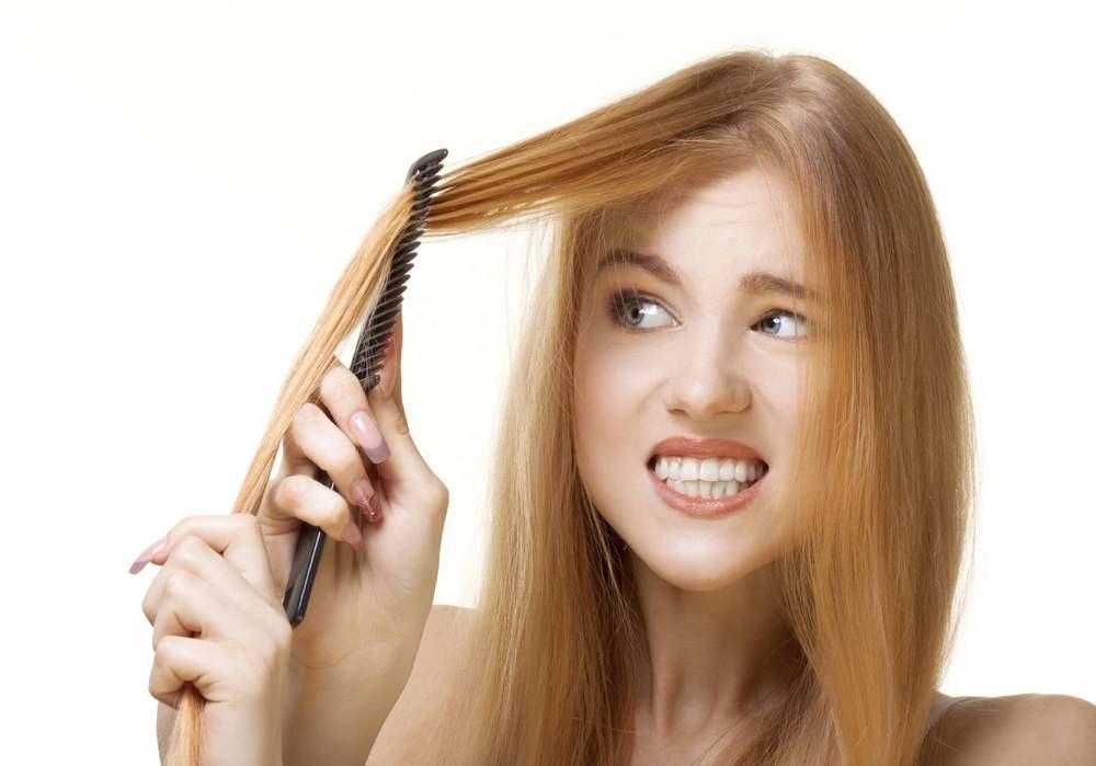 Проблема тонких волос беспокоит многих девушек, к счастью есть много рецептов масок для таких волос, которые можно приготовить в домашних условиях