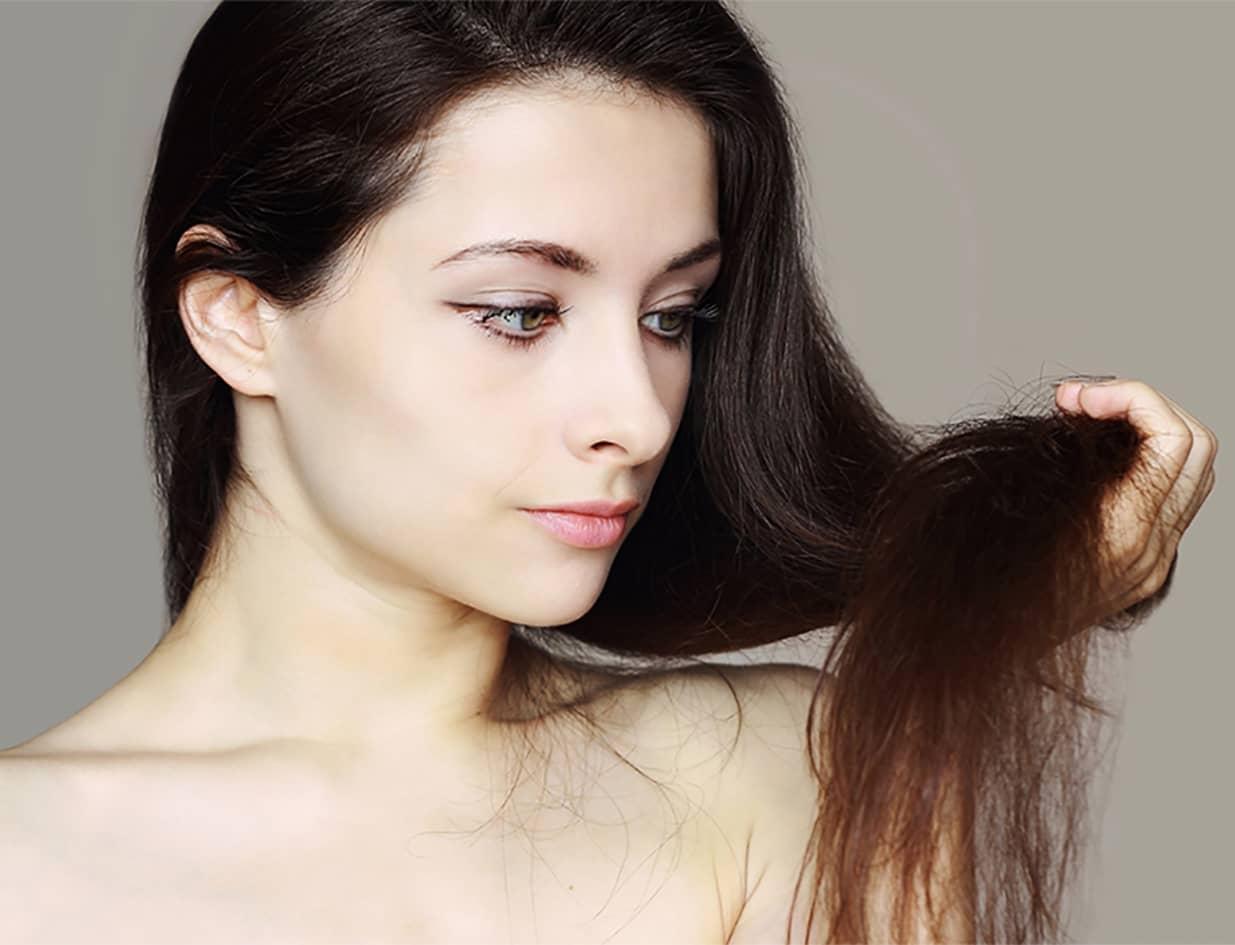 Главные причины поврежденных и ломких волос — эмоциональные перегрузки и стресс