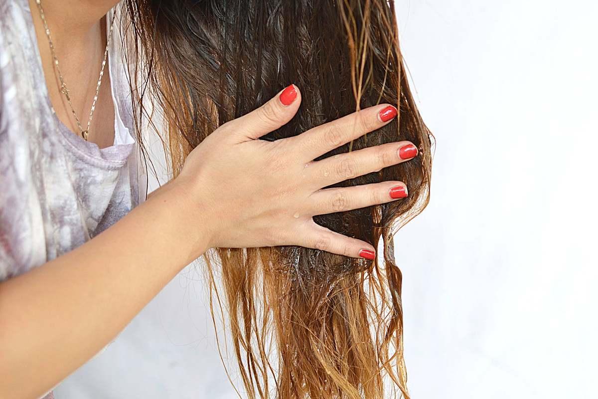 Маска с шиповником тонизирует, укрепляет и питает ваши волосы