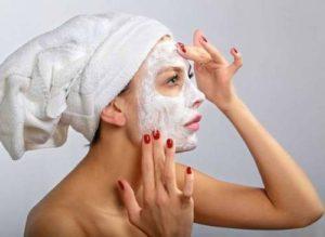 Делаем маску, очищающую поры лица в домашних условиях