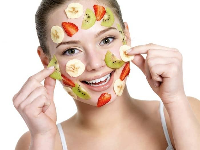 Маски для лица из фруктов и овощей очень актуальны в летнее время