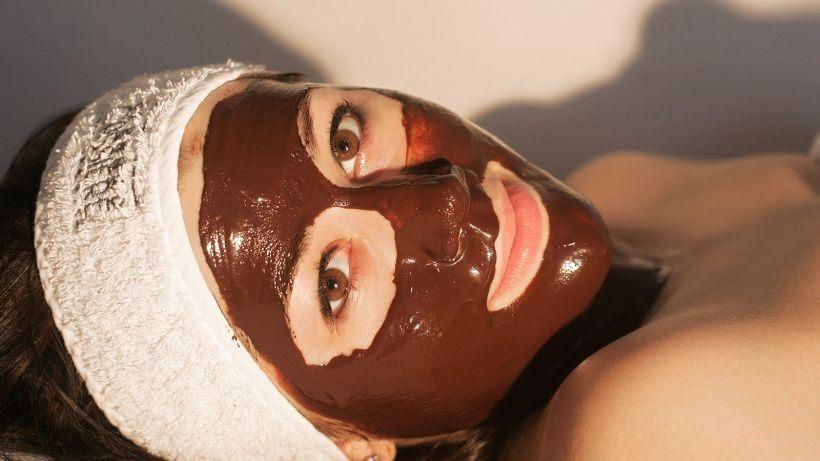 Маска из какао подходит для любого типа кожи, что делает ее универсальной