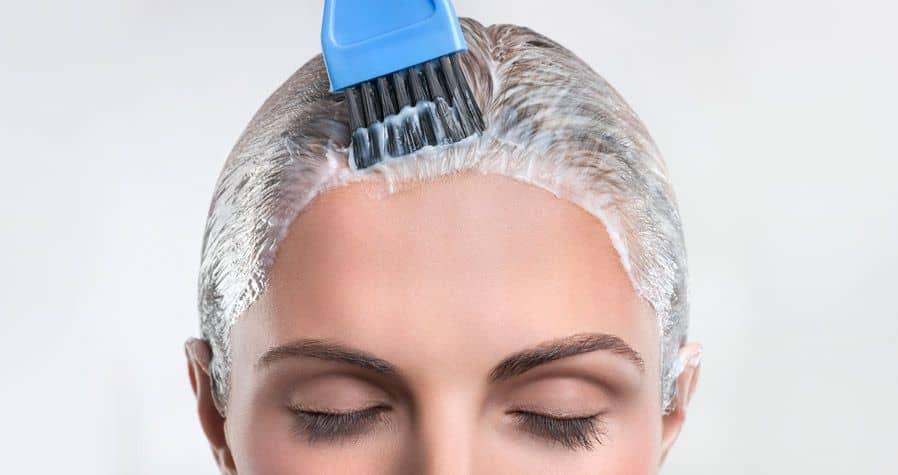 Отличительная особенность маски, приготовленной в домашних условиях, состоит в том, что ее следует наносить на грязные волосы