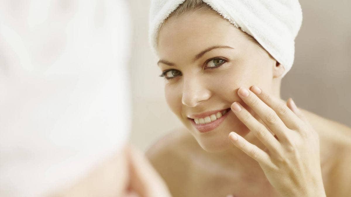 Альдегидная маска для лица подтянет кожу, избавит от мелких морщин, пигментных пятен и веснушек