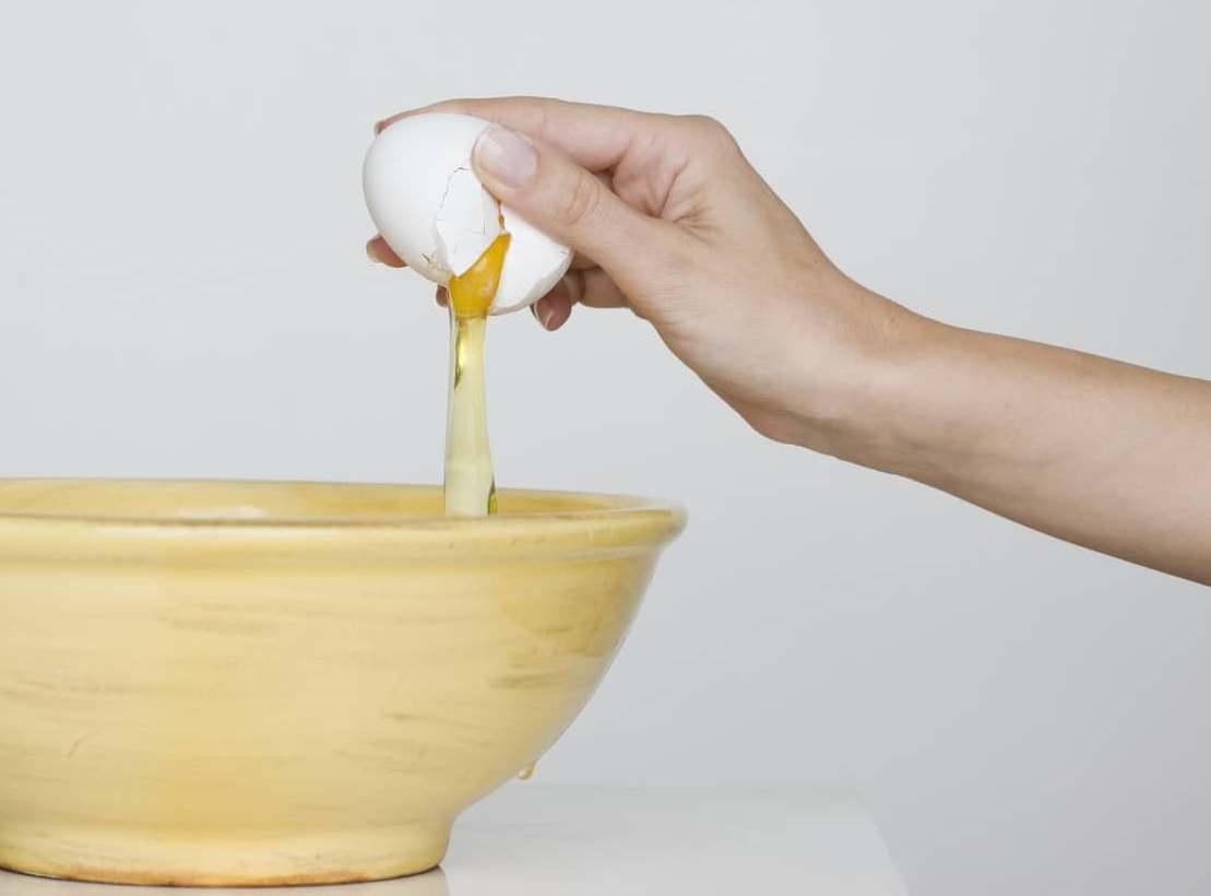 Яйцо — самый полезный и эффективный продукт, который очень популярен в косметологии