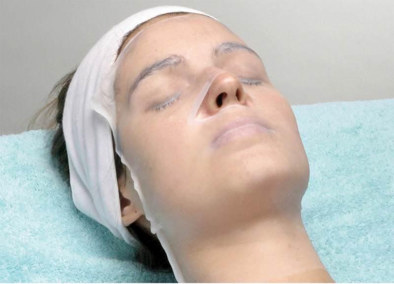 Плацентарная маска позволяет в краткие сроки привести кожу лица и век в отличное состояние