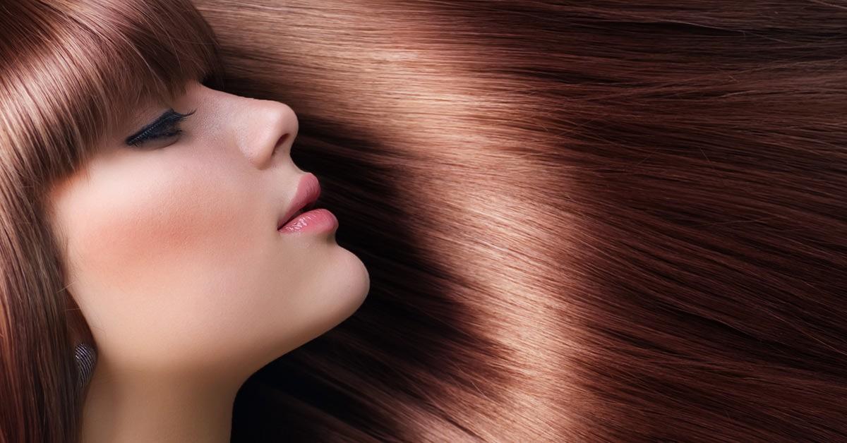 Окрашивание усиливает сухость волос, поэтому лучше перейти на природные натуральные красители или насыщенные тоники