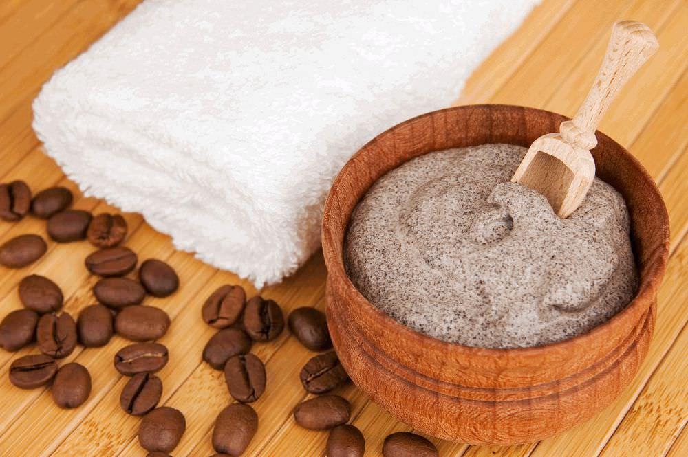 Благодаря использованию кофе в качестве маски, ускоряются кровообращение и обменные процессы кожи головы