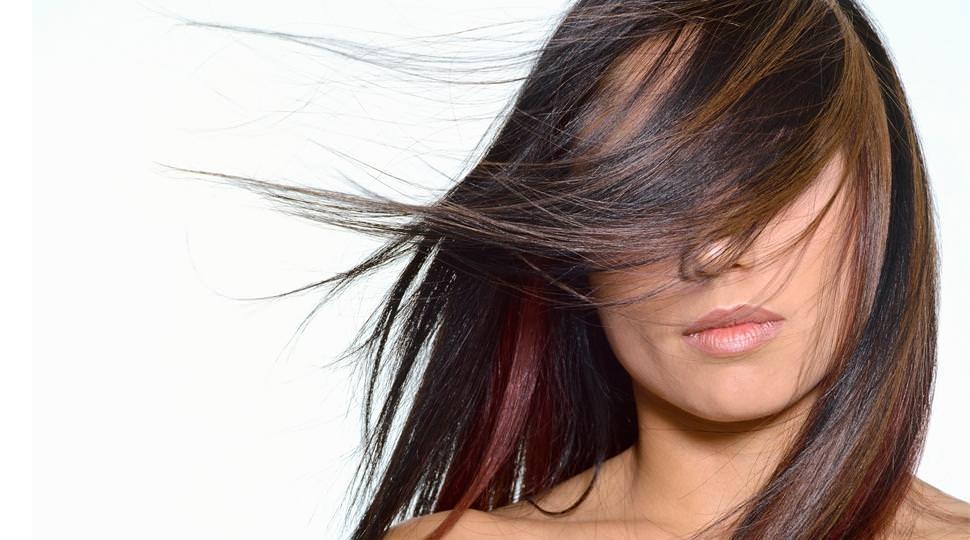 Основная причина выпадения волос – стресс и хроническая усталость