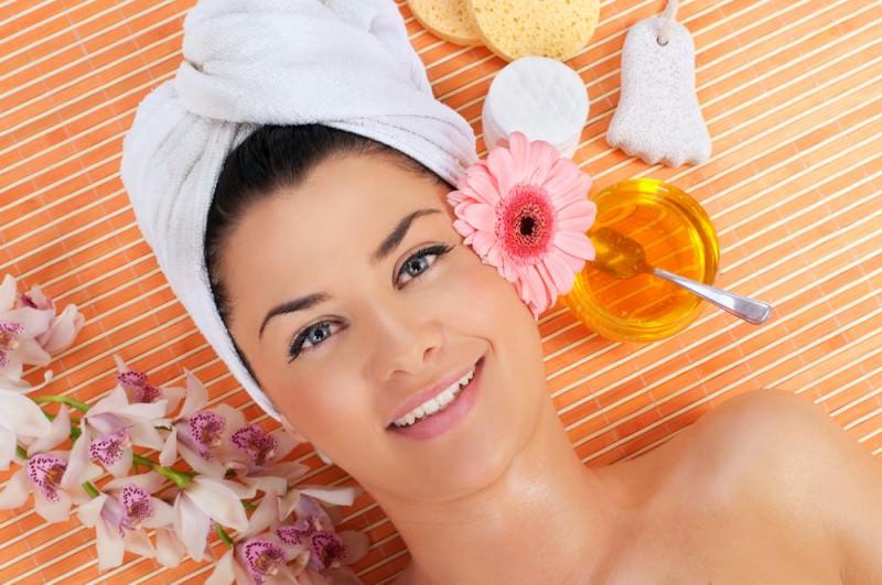 Маски домашнего приготовления хороши тем, что вы можете подбирать компоненты для маски, исходя из структуры и качества именно ваших волос