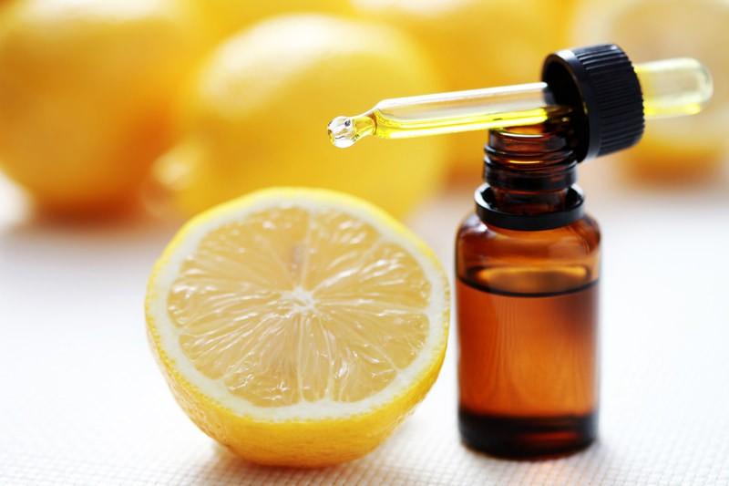 Маску из корицы для волос можно улучшить добавлением лимона, масла или других компонентов. Все будет зависеть от желаемого результата