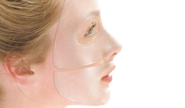 Гидрогелевая маска предназначена для увлажнения и омоложения кожи лица, а выпускается она в виде геля, крепко сцепленного с тонкой тканью