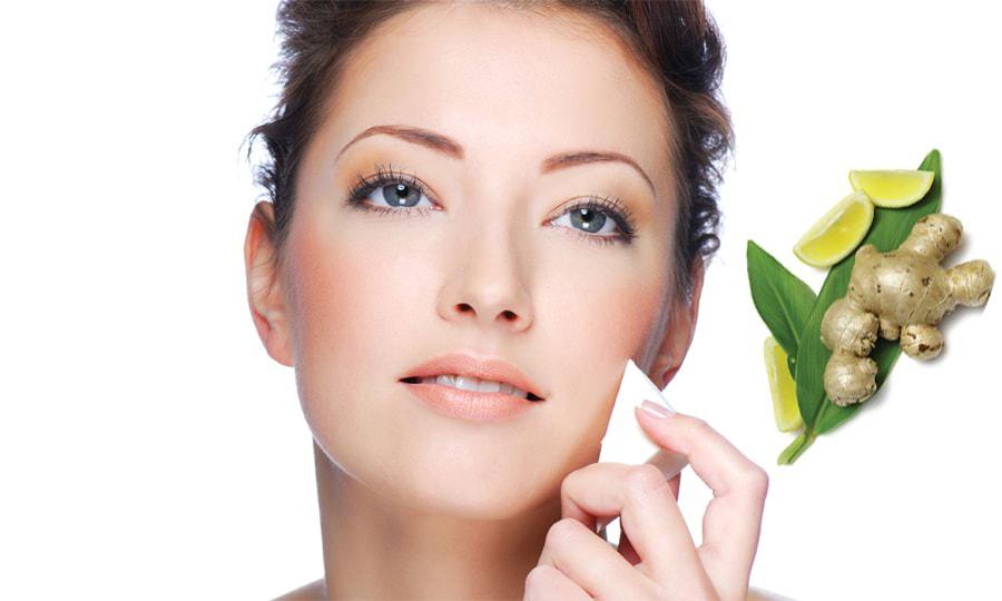 Лифтинг-маска из имбиря для лица отлично справляется с воспалительными процессами и улучшает кровообращение