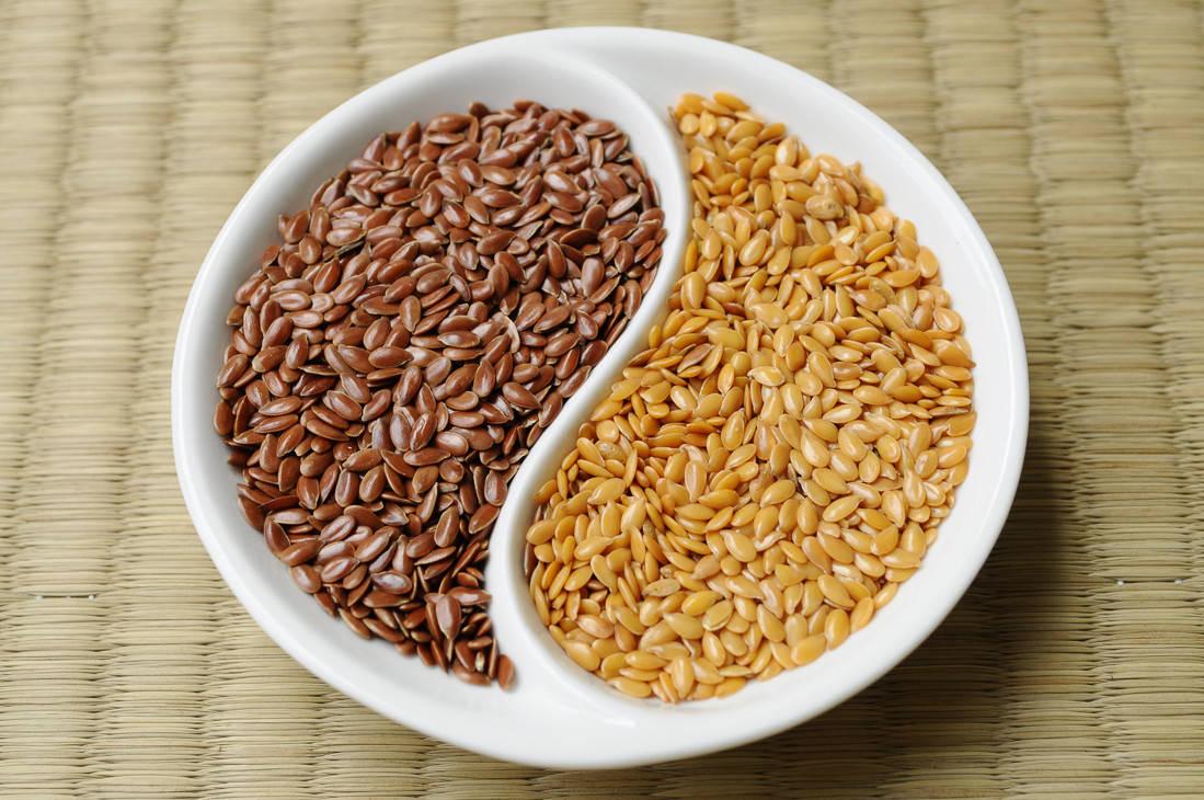 Маска на основе семян льна предотвращает процессы раннего увядания кожи