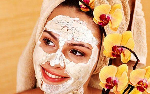 Очищающая маска для жирной кожи поможет избавиться от прыщей и некрасивого цвета лица