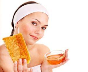 Омолаживающая маска из меда для лица от морщин