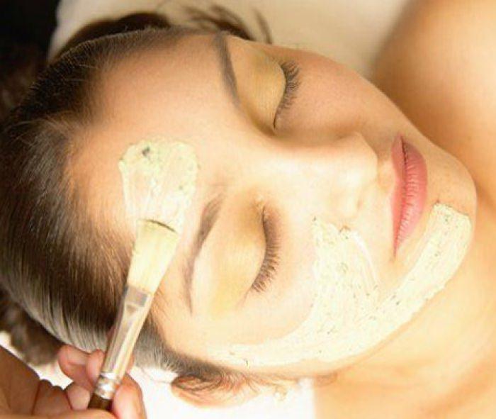 Дрожжевая маска чудесным образом воздействует на кожу лица, преображая ее и омолаживая