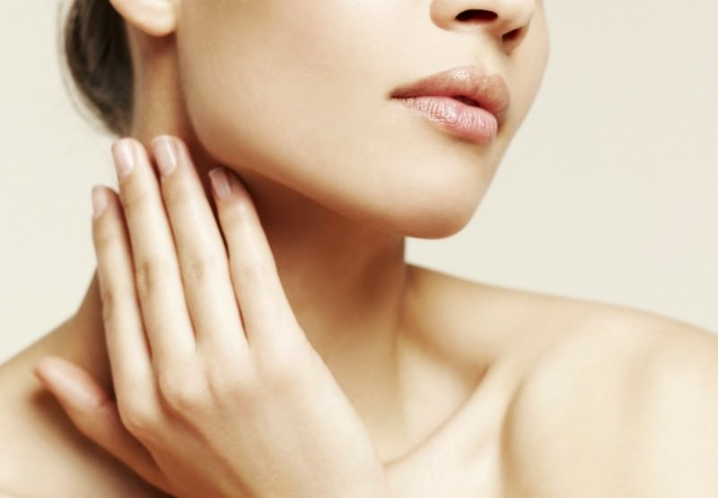 Маска для лица от угрей действует на клетки эпидермиса, в которых и происходят основные процессы, отвечающие за состояние вашей кожи