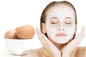 Подтягивающая маска для лица с белком яйца: 7 эффективных рецептов