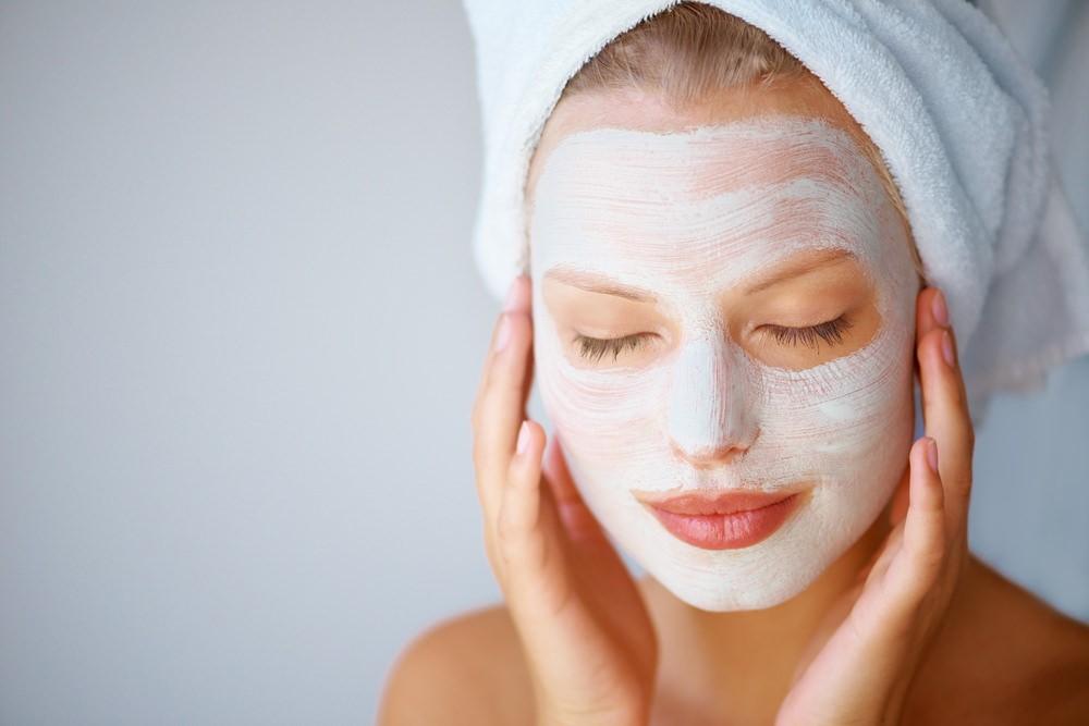 Благодаря маске с аспирином вы избавитесь от черных точек и восстановите равномерный тон кожи