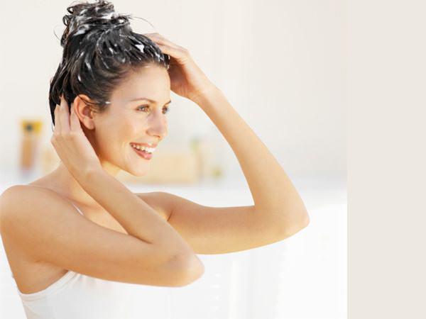 Регулярный уход за волосами и применение эффективных масок сделают ваши локоны неотразимыми