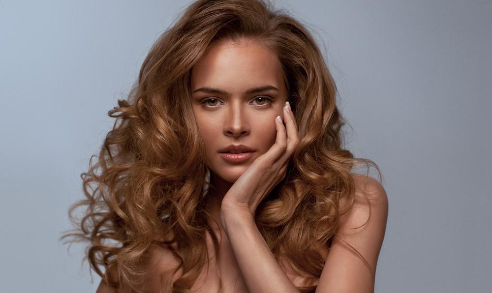 Дрожжевая маска улучшает циркуляцию крови кожи головы, что способствует быстрому росту волос