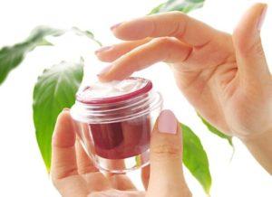 Лечебная косметика: крема и маски для лица