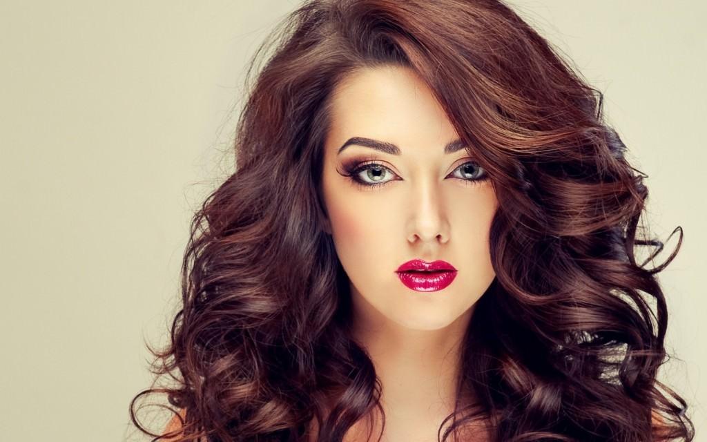Регулярное использование маски для объема волос сделает локоны густыми и шелковистыми