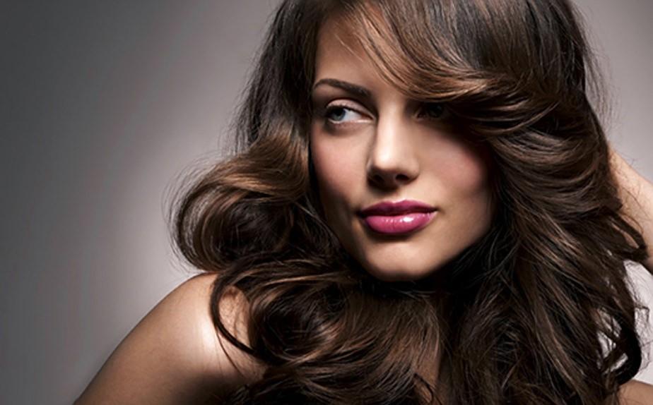 После применения маски «Loreal Absolut Repair Lipidium» волосы полностью реконструируются, становятся блестящими и мягкими