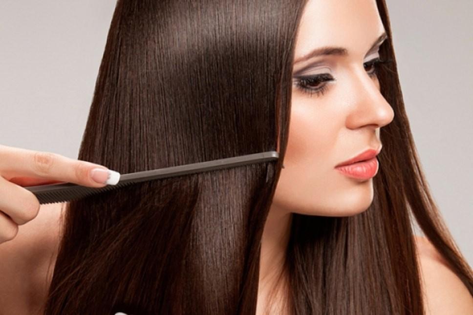 После применения маски из серии «Рецепты бабушки Агафьи» волосы не спутываются и легко расчесываются