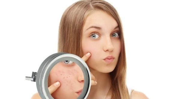 Сузить поры на лице в домашних условиях можно с помощью масок, приготовление которых не займет много времени
