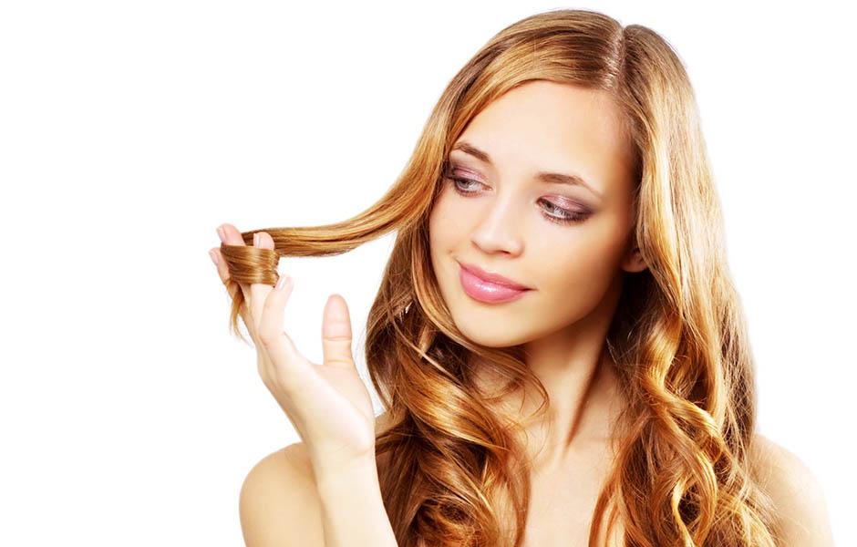 Облепиховая маска-обертывание для волос «Рецепты бабушки Агафьи» интенсивно увлажняет и делает пряди послушными и эластичными