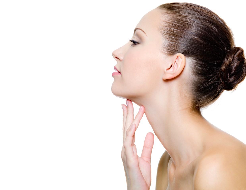 Для лучшего результата перед нанесением маски на шею и зону декольте, необходимо сделать расслабляющий массаж