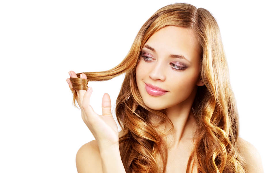 Спрей «JohnFrieda» не повреждает структуру волос, возвращает им силу и здоровый вид
