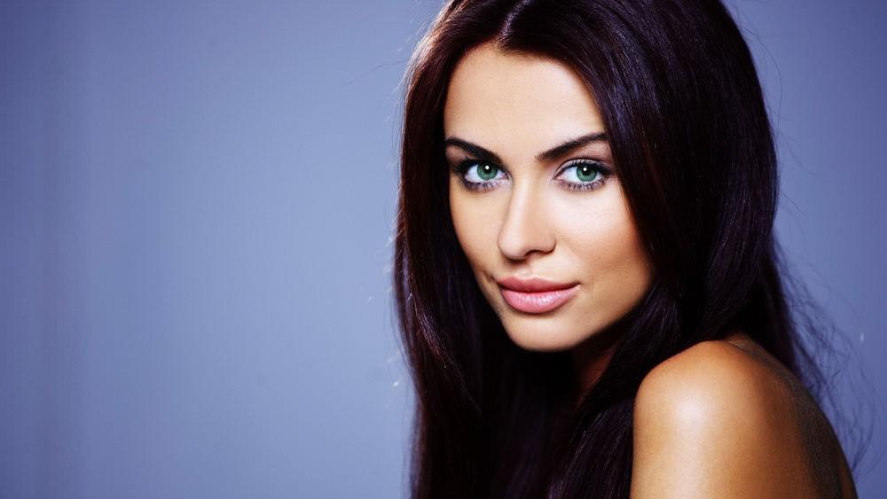 Максимально сильный эффект от маски «Elseve 6 масел» для волос возможно достичь только при систематическом и правильном применении