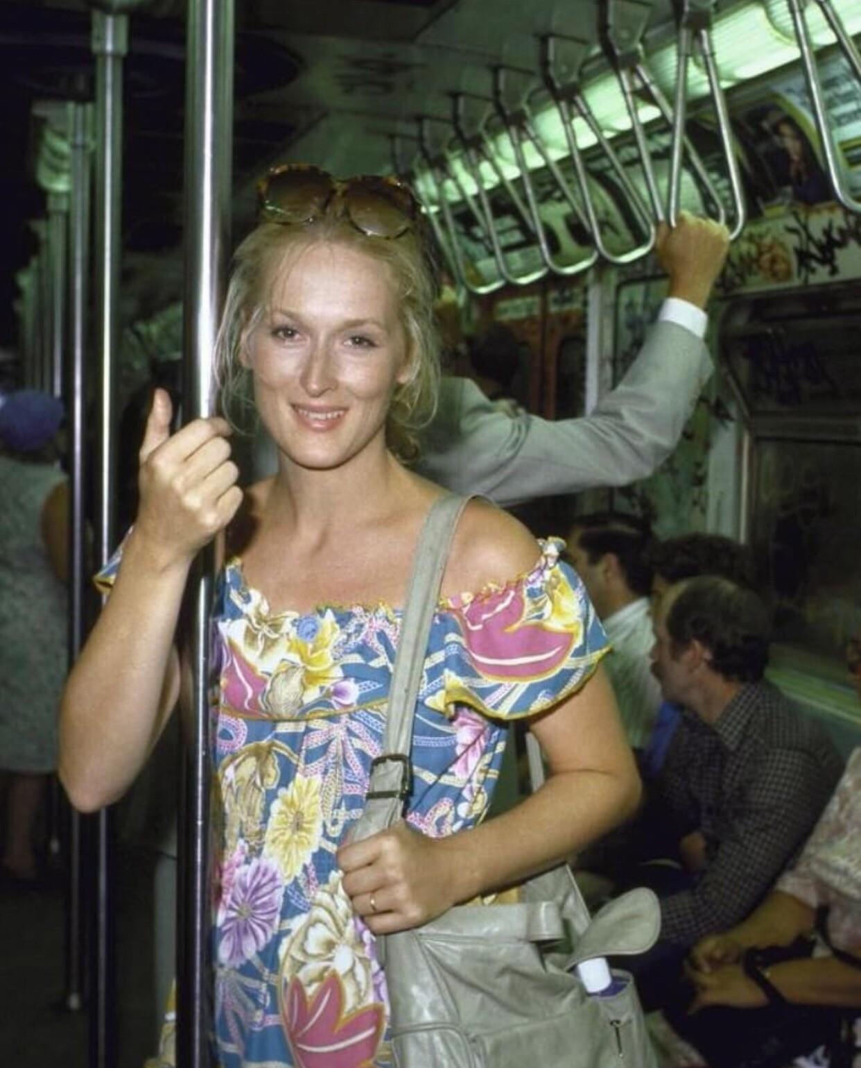 Навеки молодая и прекрасная: атмосферные фотографии Мерил Стрип еще из 90-х