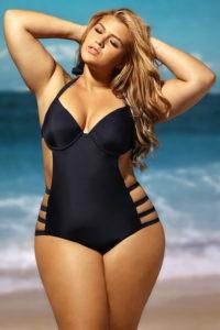 Как подобрать купальники больших размеров для полных женщин