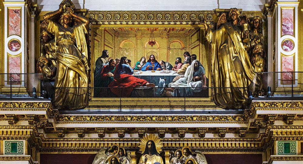 иконы в церкве