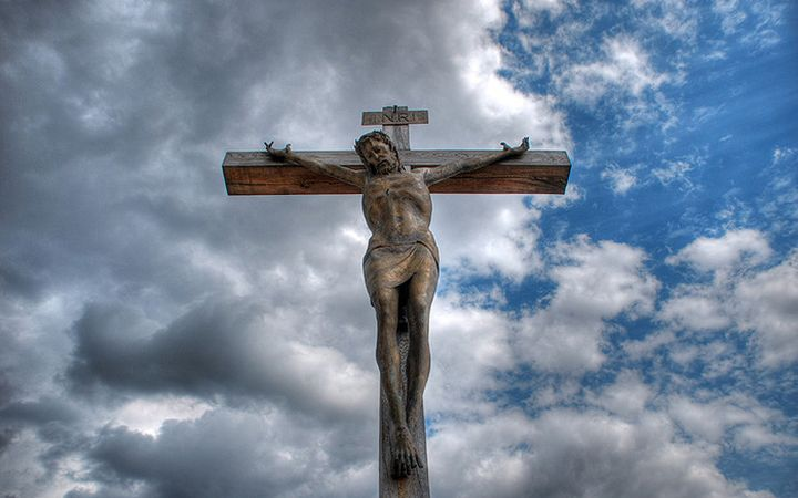крест и небо