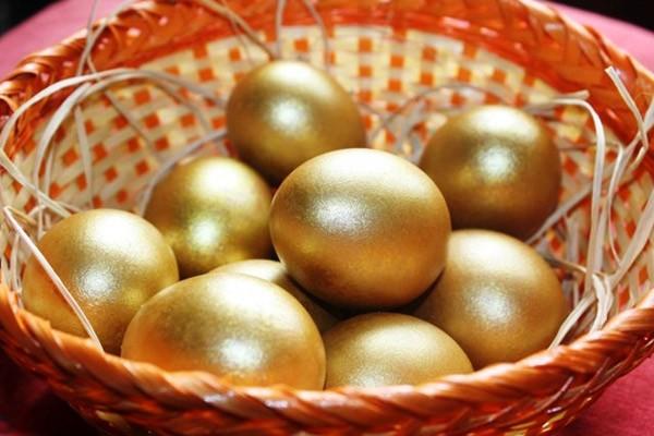 .золотые яйца